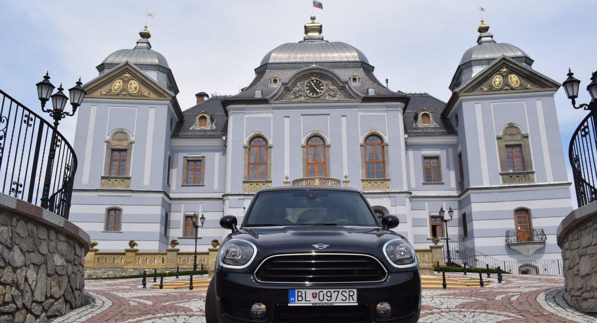 Autom po Slovensku