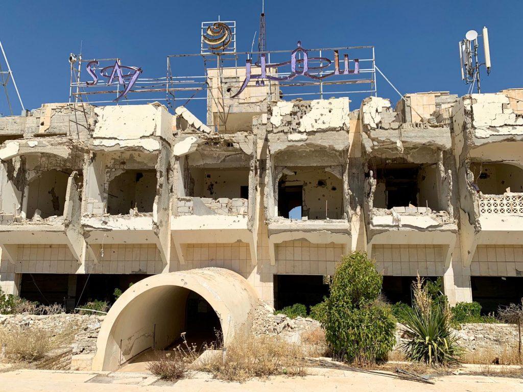 """Exkluzívny rozhovor s cestovateľom Petrom Dosedlom priamo zo sýrskeho Aleppa, vojnou zdevastovaného """"mesta duchov"""""""