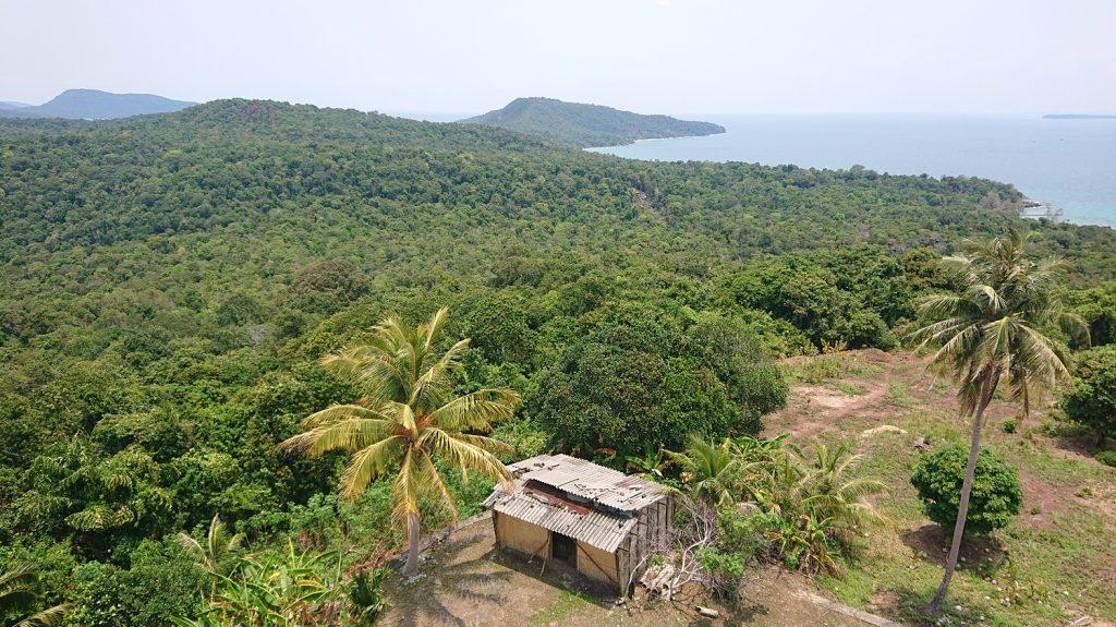 Život na takmer opustenom ostrove v Kambodži