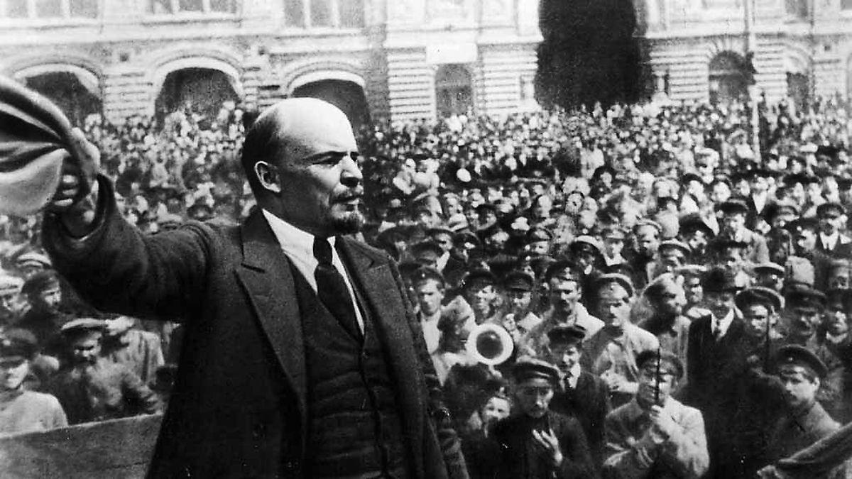 Októbrový puč Lenina v 1917 a boľševická cesta k moci