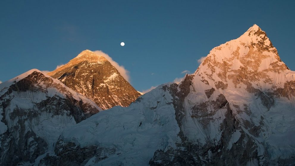 Koľko stojí vyjsť najvyššie na hory jednotlivých svetadielov
