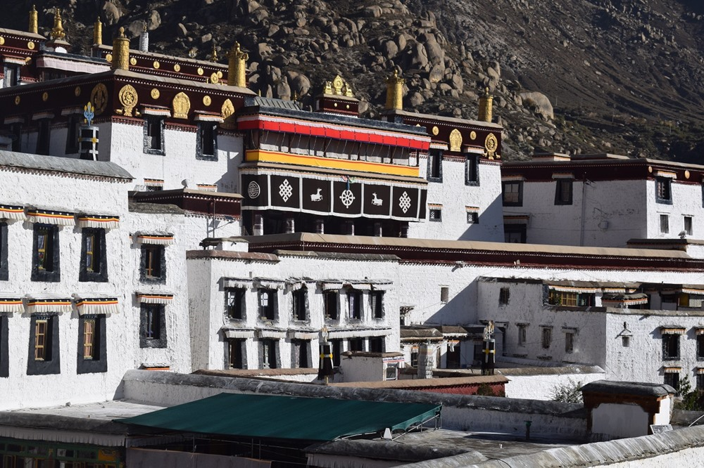 Tibet alebo návšteva budhistického chrámu